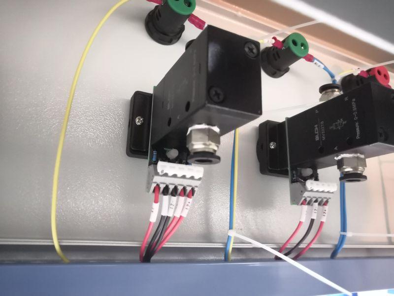 气电一体开关设备内图